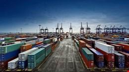 کارنامه نهایی تجارت خارجی ایران در سال 97 منتشر شد/ صادرات 2/6 میلیارد دلار و واردات 11/8 میلیارد دلار کاهش یافتند/ بیش از 85 درصد کالاهای ایران به 15 کشور صادر شده است
