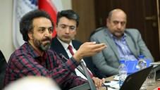 فرصت اختصاصی رسانه ملی به اقتصاددانی که دستاوردهای انقلاب اسلامی را زیرسوال میبرد/ آیا رئیس صدا و سیما، بر مراکز استانی نظارت میکند؟