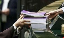 با برخی اعداد گنجانده شده در بودجه ۱۴۰۰، اقتصاد ایران در سال پایانی دولت روحانی نابود میشود!
