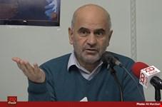 دولت روحانی در حل نابسامانیهای اقتصادی به سراغ راه حلهایی رفته که خودشان علت نابسامانی هستند!/ آقای رئیس جمهور که خودش حقوقدان است فرمانهای غیرقانونی در اقتصاد صادر میکند!