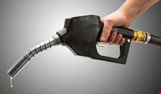 پیشبینی رسیدن متوسط مصرف بنزین به روزانه ۱۰۰ میلیون لیتر در سال جاری