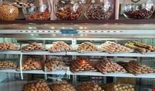 نیمی از شیرینی فروشان یزد در مرز ورشکستگی قرار گرفتند