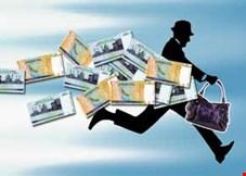 کارشناس مسائل بانکی: برخی وساطتها موجب شده از بدهکاران بانکی حمایت شود